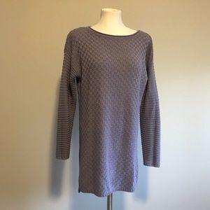 Vince Camuto tunic / sweater dark lavender S